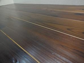 無垢材フローリング 杉 自然塗料 アップ