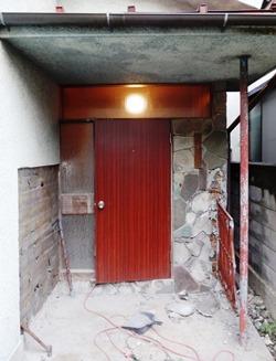 玄関ドア 解体工事