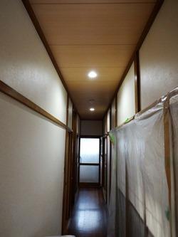 廊下 施工後