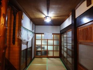 ホール 京壁中塗り