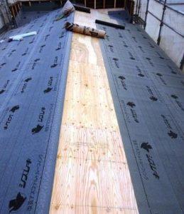 屋根べニヤ張り 防水シート