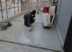 床 カチオン樹脂塗り