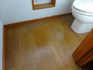 トイレ床リフォーム前