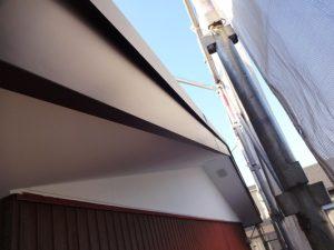 破風板金巻き